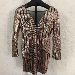 Fashion nova sequence dress size US L